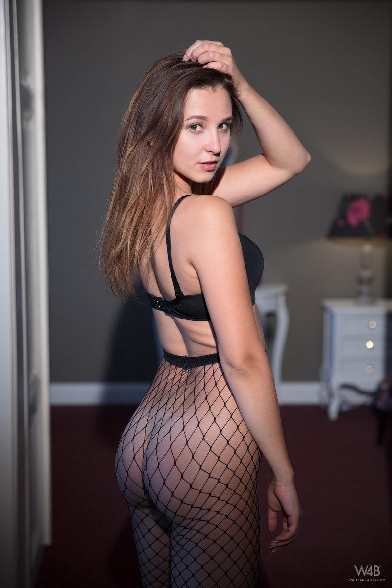 Milana escort