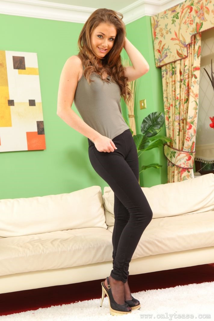 naked teen in tights